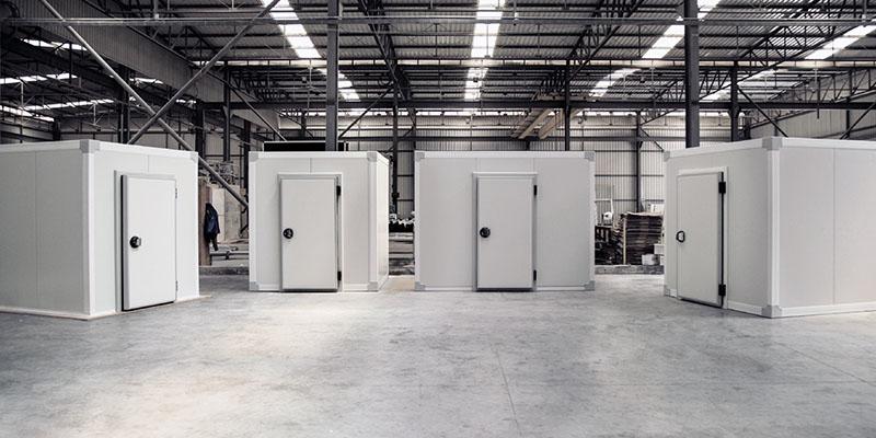 panel aislante plano para construir una puerta de cuarto frío